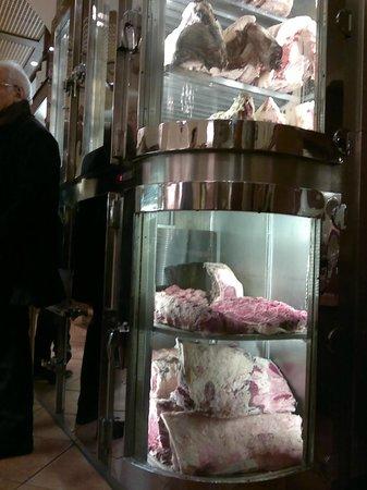Carne in vetrina: fotografía de Dal Toscano, Roma - TripAdvisor