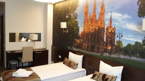 Vilnius City Hotel: Room bed