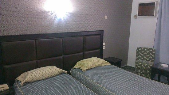 Hotel Akouas : Chambre double