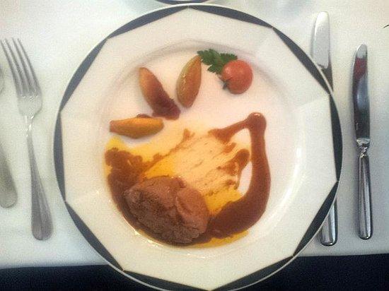 Restaurant Le Mirabeau: Foie gras poelé..... leaver
