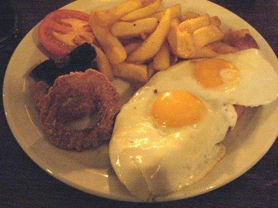 The Salisbury: Gammon Steak with Egg