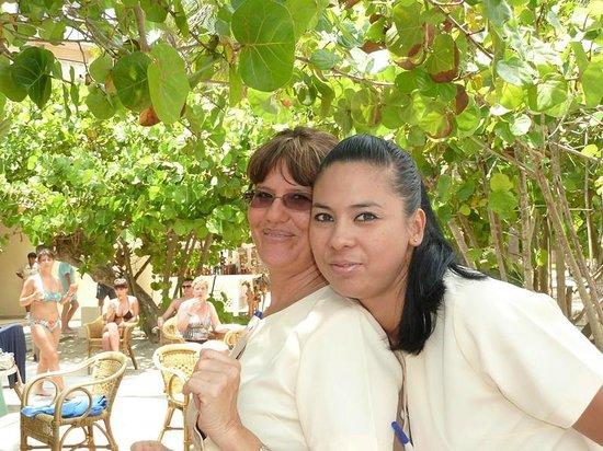 Melia Las Americas: karina et anna rosa