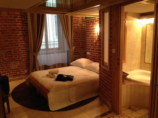 Aparthotel Stare Miasto: Room