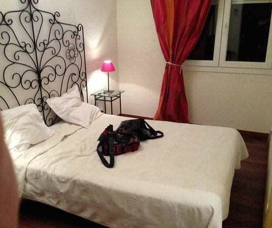 Bel Azur Hotel : la chambre, petite mais passe encore