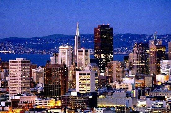 San Francisco Shuttle Tours: San Francisco Skyline
