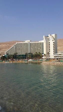 Leonardo Club Dead Sea Hotel : Leonardo from the Dead Sea.