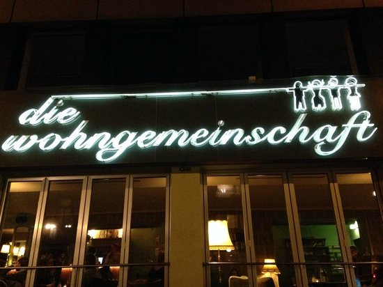 Die Wohngemeinschaft Hostel: hostel from the outside