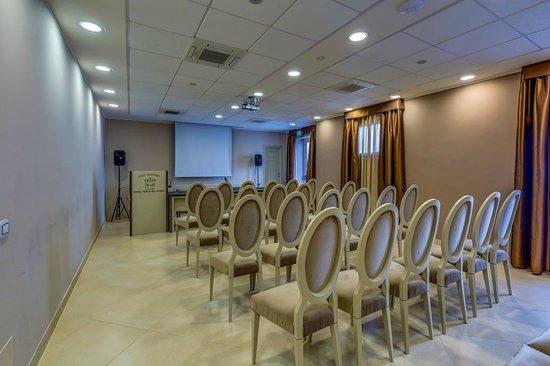 meeting room picture of best western plus hotel perla del porto rh tripadvisor com