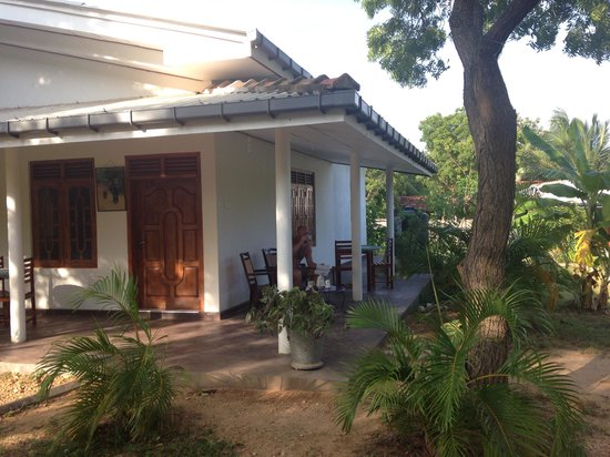 JC Guesthouse : Main building consisting of two clean and lovely rooms