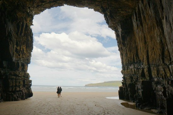 Catlins Newhaven Holiday Park : Cathedral Caves - Catlins NZ