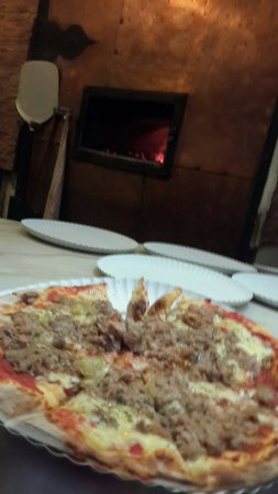 Old Town (Altstadt): Mini pizza