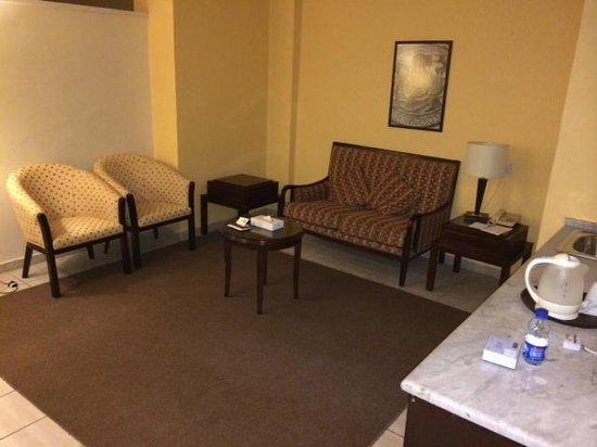 Toledo Amman Hotel : Wohnbereich