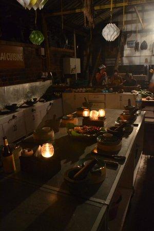 Roi Thai Cooking School: Köket i strömavbrott