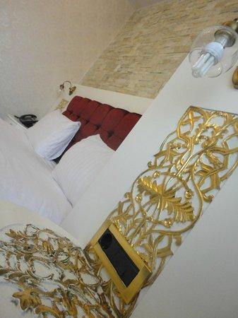 Ascot Hotel Buyukada Istanbul: Mobilyalarin Islemelerine bayildik