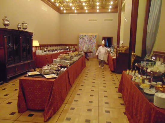 Hotel Metropol Moscow : Dining. Royal Buffet for breakfast