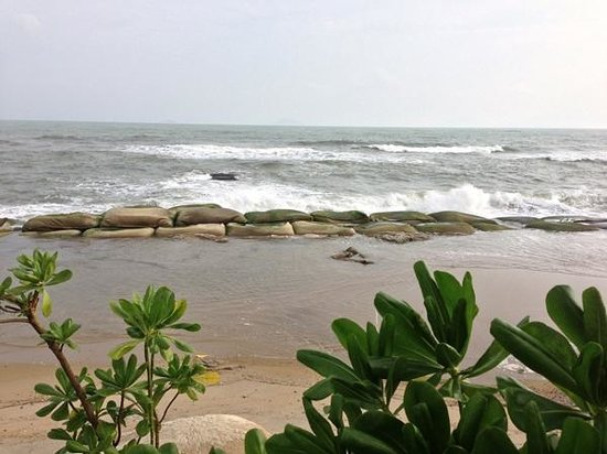 Sunrise Premium Resort Hoi An: ビーチ