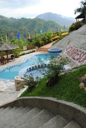 Tribal Hills Mountain Resort : Pool