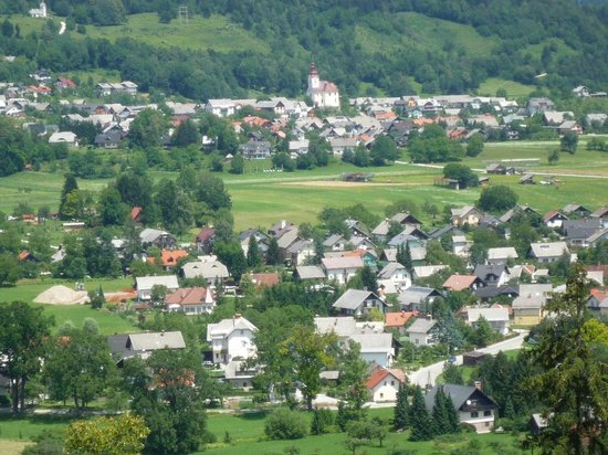 Castillo de Bled: pueblo