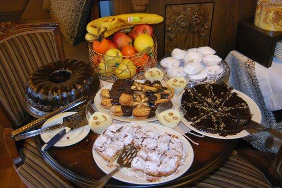 En Dimitsani: Πρωινό/γλυκά!
