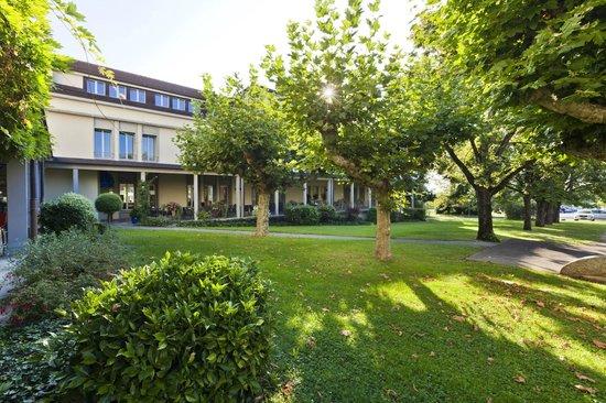 Hotel La Longeraie: Outside view