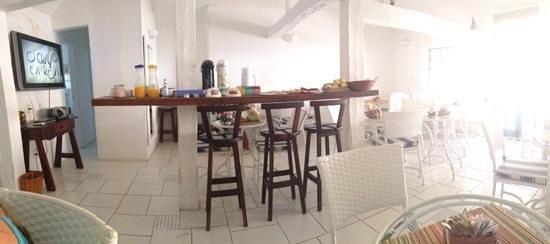 Doce Maresia Suites : cafeteria donde se desayuna