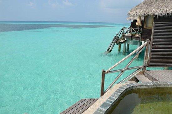 Coco Palm Dhuni Kolhu: lagoon villas