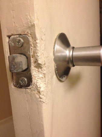 Comfort Inn: Door handle on Bathroom Door