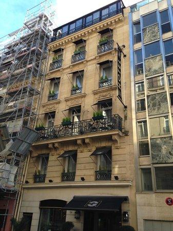 Hotel Galileo: Exterior view