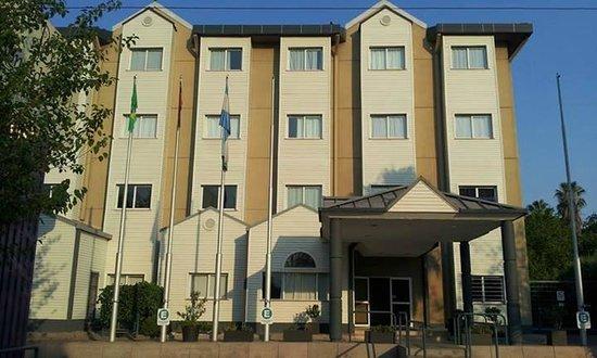 BONARDA HOTEL: Entrada principal