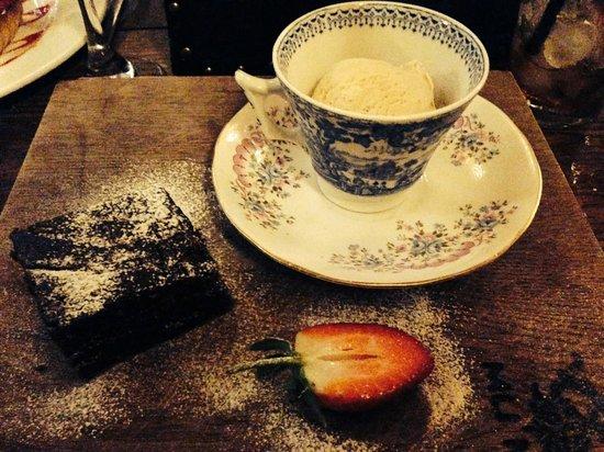 Madame Mu Mu: Chocolate Brownie
