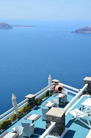Tholos Resort: Vista da Piscina do Hotel