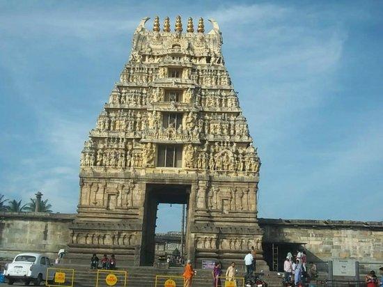 Chennakesava Temple : Belur gopuram