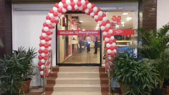 Marrybrown - AK Plaza: Entrance