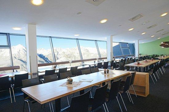 Venet Gipfelhütte: Panoramarestaurant