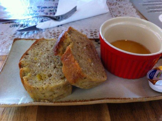 Sister Srey Cafe: Banana Bread - Very yum!