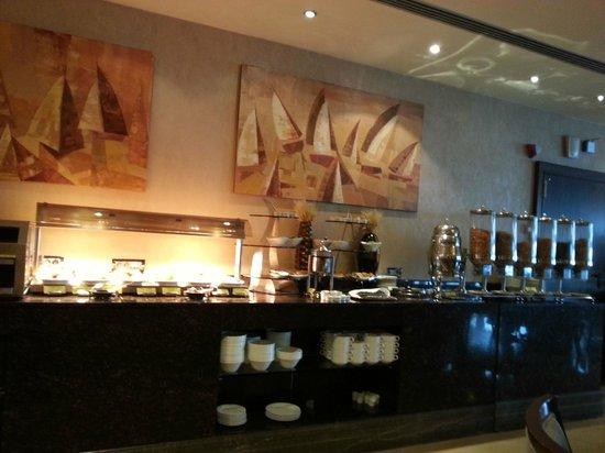 Titanic Port Hotel: Breakfast area