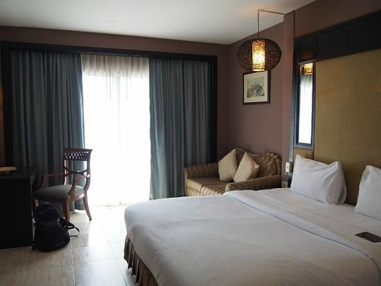 Royal View Resort : The room is as beautiful as shown in the hotel website.