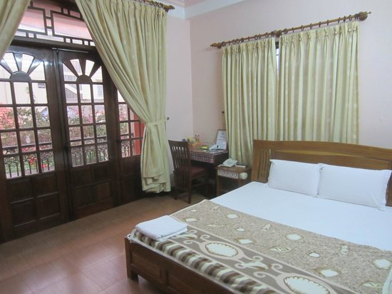 Hoa My Hotel: Double room with balcony on the first floor