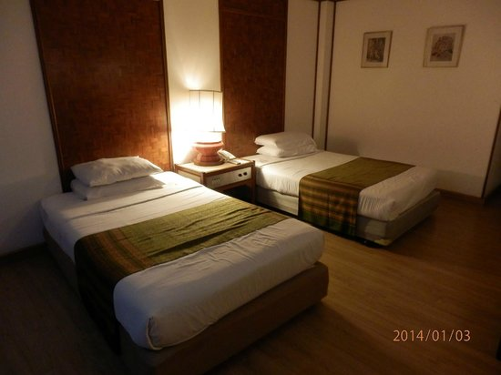 Chiang Mai Orchid Hotel : room