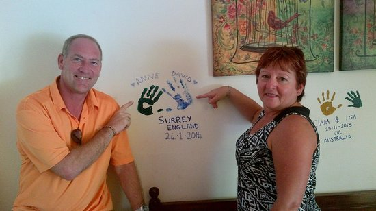 Jasmin Monument Hotel : Leave your Hand Prints for Charity
