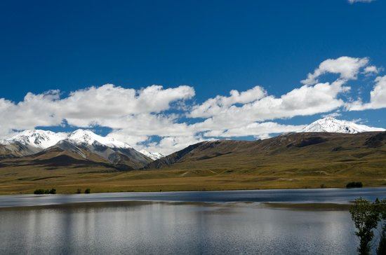 Hassle Free Tours: Stop along the route to Mt Sunday/Edoras