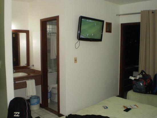 Sunshine Praia Hotel : Habitación