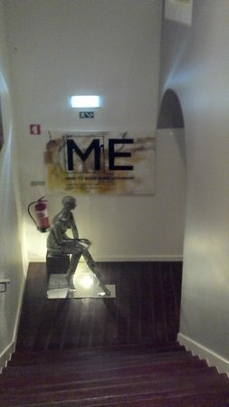 The Art Inn Lisbon: corredor