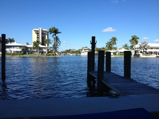 Residence Inn Fort Lauderdale Intracoastal/Il Lugano: Parte de trás do Hotel, Marina privativa