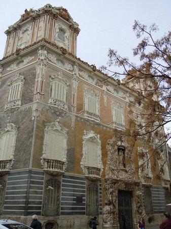 Palacio del Marques de Dos Aguas : Palacio barocco a Valencia