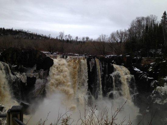 Lutsen Resort on Lake Superior: Pigeon Falls