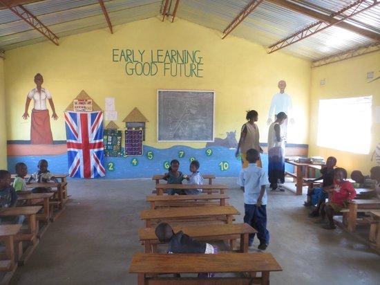Bushbuck River House: Twabuka school