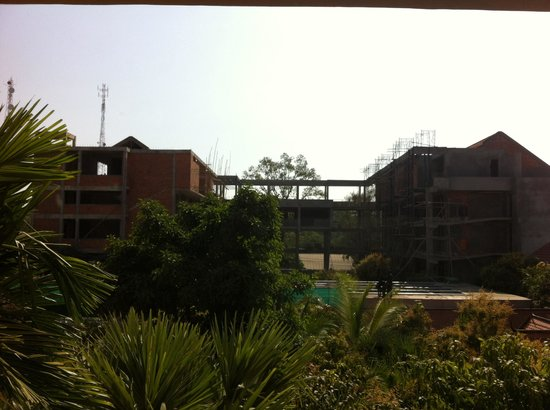 Hotel Somadevi Angkor Resort & Spa: View of building site from my room