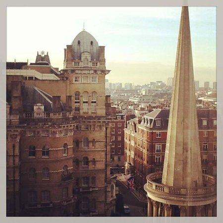 Saint Georges Hotel : Blick auf den Langham Place / Regent Street