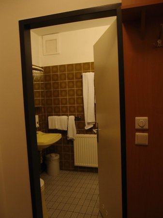 Hotel Geblergasse: Double room with private bathroom
